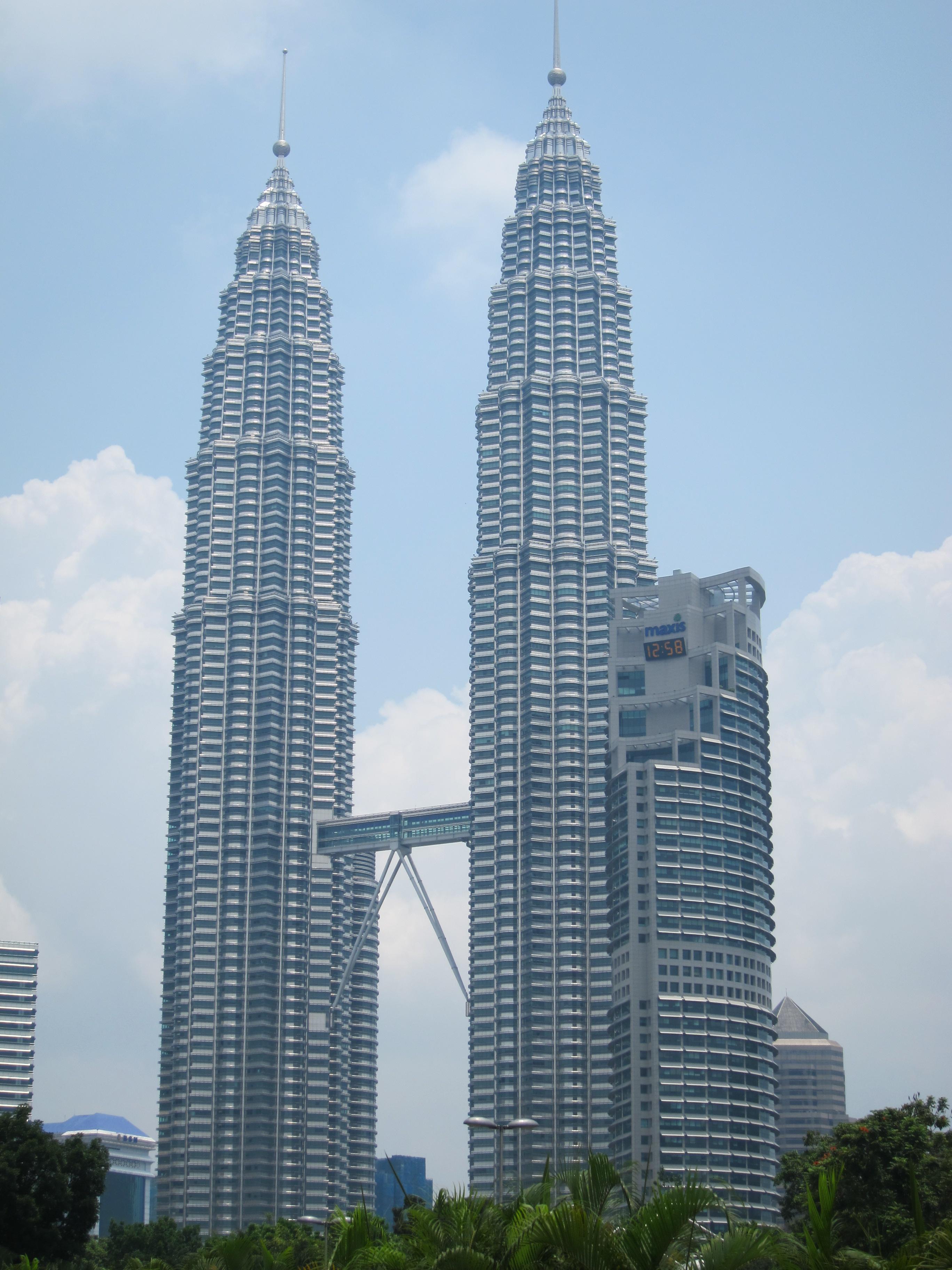 Kuala Lumpur Malaysia Twin Towers And More Judi And